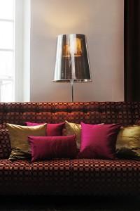 brun soffa